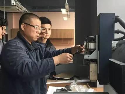moore8活动海报-志愿者深度培训第三期——机械雕刻机