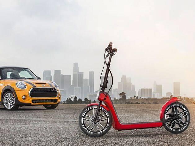 moore8活动海报-E-Scooter DIY Workshop | 电动踏板车:用充电工具爆改极限踏板工作坊 - April 25th
