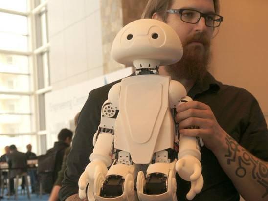moore8活动海报-创客机器人来袭,走进工业4.0时代
